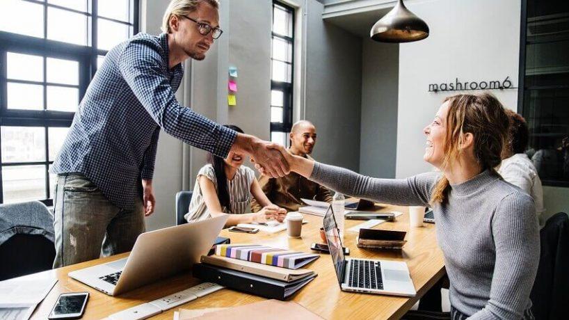 """7 cách thông minh để """"quản lý"""" sếp hiệu quả"""