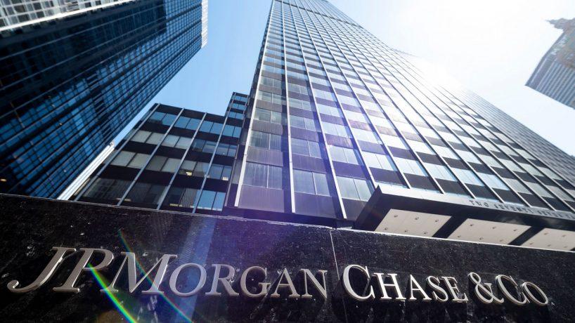 Cổ phiếu ngân hàng toàn cầu lao dốc sau tiết lộ của FinCEN Files