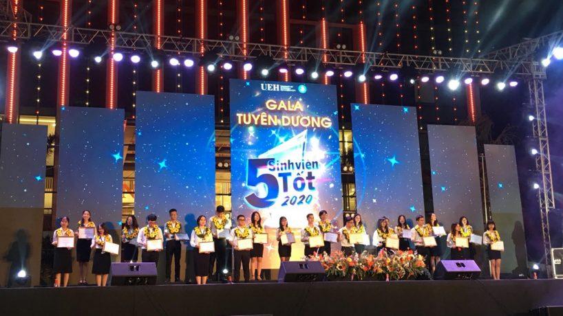 Gala Tuyên dương Sinh viên 5 tốt tại Trường Đại học Kinh tế TP. HCM.