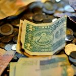 4 công ty lớn tăng lương để cạnh tranh nhân tài với ngân hàng đầu tư