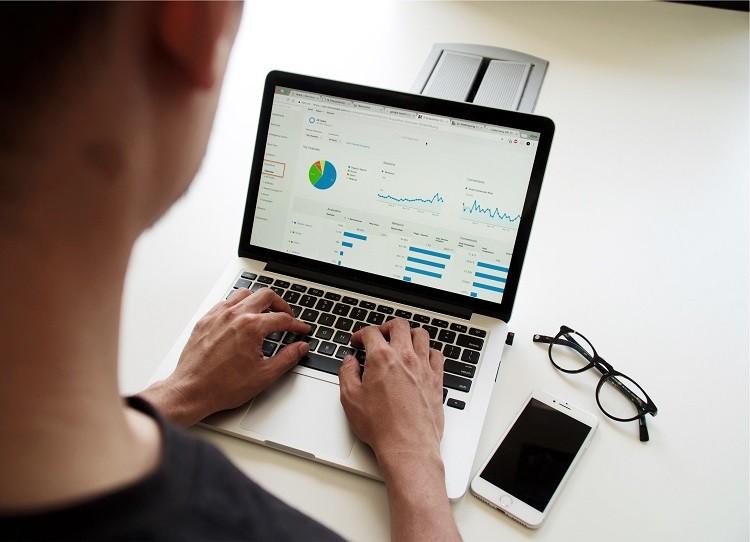 Theo dõi tiến trình hiệu quả với 10 mẫu quản lý dự án bằng Excel